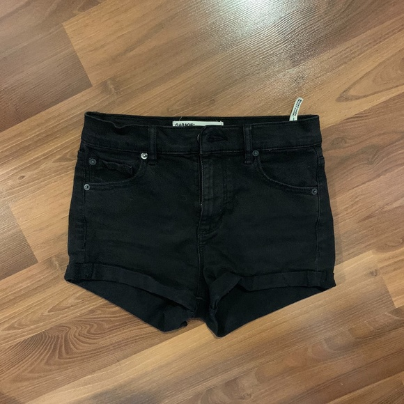 Garage high waist black denim shorts